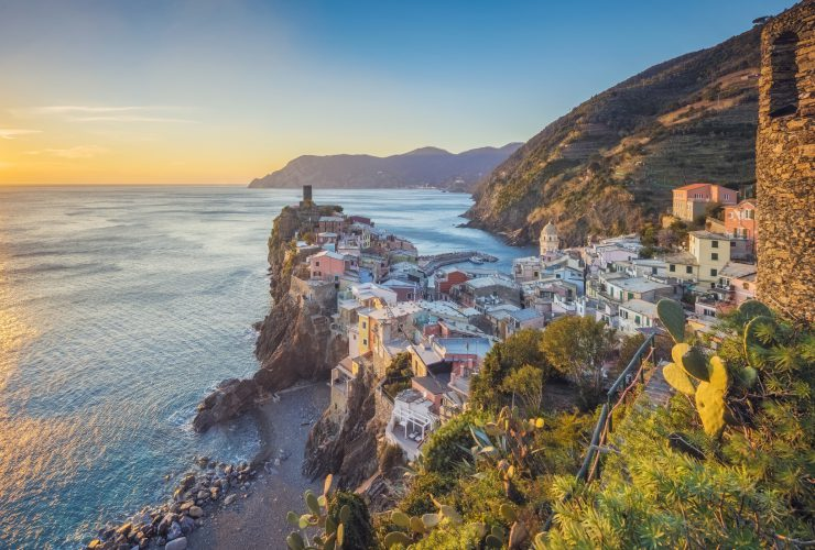 "Discover ""The Way of the Sanctuaries"": The Mystic Path of the Cinque Terre"