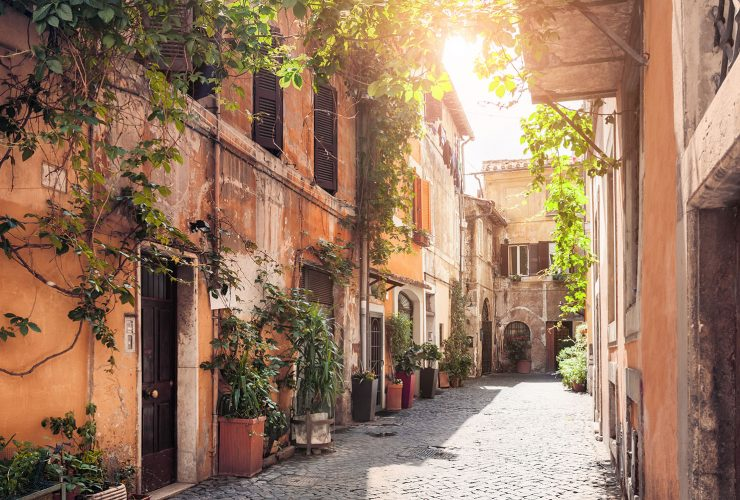 Passeggiata 101:  A Walk Through Rome's Trastevere