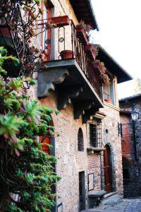Montefioralle balcony